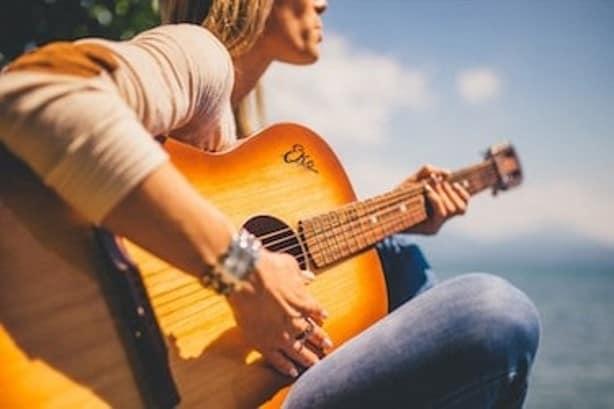 online cursus gitaar leren spelen soofos